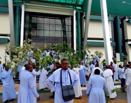 Enugu Catholic priest protests over the killing of Rev. Fr. Offu