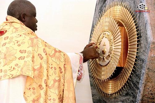 His Lordship Bishop C.V.C Onaga Dedicates St Martins Catholic Church (Photo Story)