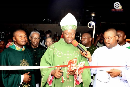 Bishop Onaga lays foundation for a new ultra modern hall at C.K.P GRA, Enugu