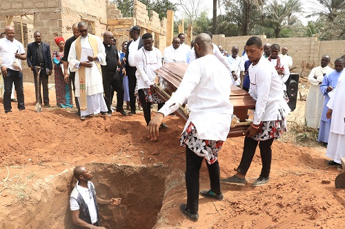 Bishop Onaga's brother, laid to rest